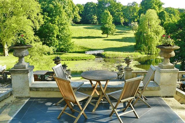 Nyd sommeren på terrassen